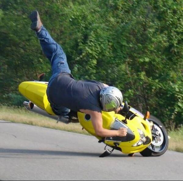 Разберемся, зачем нужна экипировка для мотоцикла